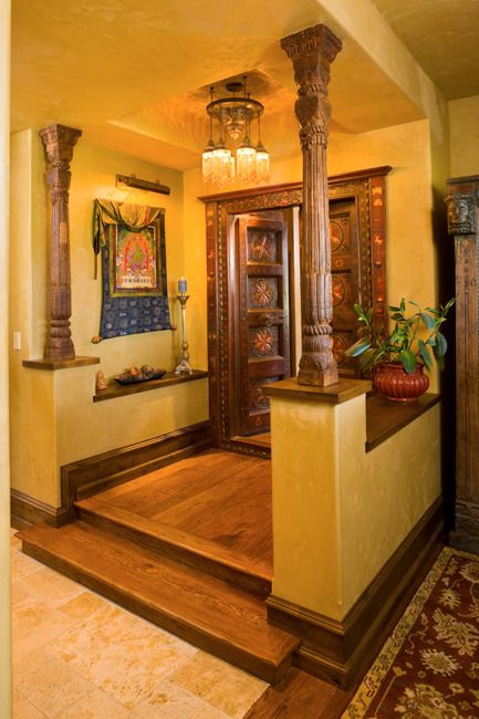 Main door vastu placement of main entrance according to vastu for Foyer design ideas india